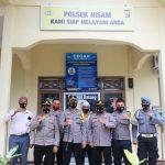 Kunjungi Polsek, Kapolres Lhokseumawe Ingatkan Personil Hindari Penyalahgunaan Narkoba dan Pertahankan WBK