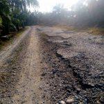 """ Bupati Rocky, Tolong Rehablitasi Pengaspalan Jalan Umum Lintasan Tiga Gampong Ini """