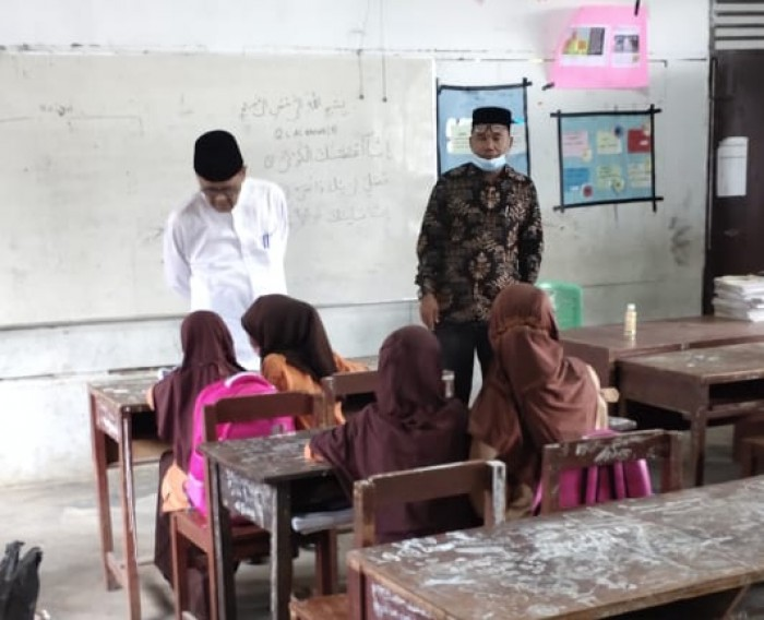 Pantau PBM Tatap Muka New Normal, Kemenag Aceh Timur Sidak MIN 2 Aceh Timur