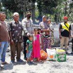 Korban Kebakaran Mendapat Bantuan Darurat Dari Kapolsek Peureulak Barat