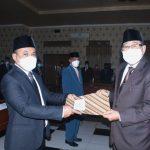 Bupati Lombok Utara Lantik Direktur dan Dewan Pengawas Perumda Amerta Dayan Gunung