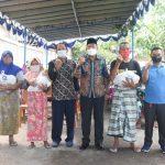 Pemda KLU dan KPP Pratama Mataram Timur Distribusikan Paket Sembako